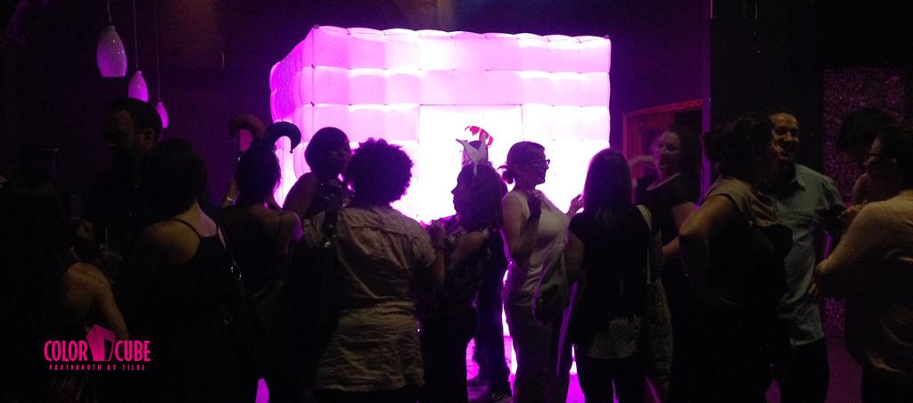 cube-slides-cube-party